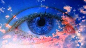 Achtsamkeit ist außerordentlich wichtig für die Meditation. So öffnet man sein Bewusstsein für das, was ist.