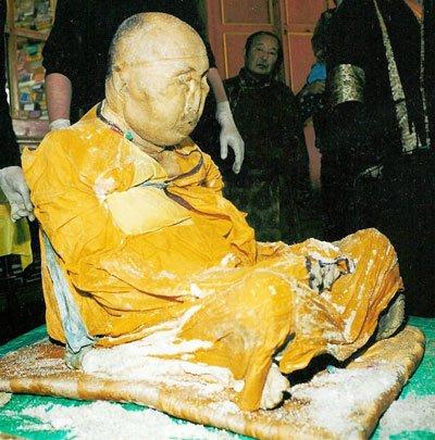 Sein Nachfolger Damba Badmajewitsch Ajuschejew ist überzeugt davon, dass Itegelow immer noch am Leben ist.
